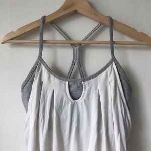 Lululemon Tank w. Built in Bra
